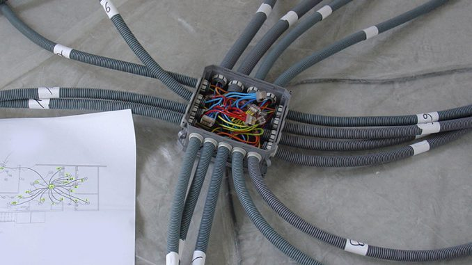 doze si circuite electrice
