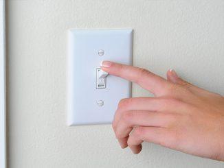 intrerupatoare si comutatoare electrice