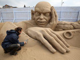 sculptura in nisip
