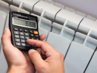 persoana care calculeaza puterea caloriferelor