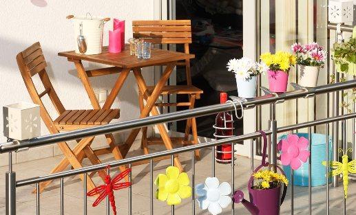mobila din lemn pentru balcon