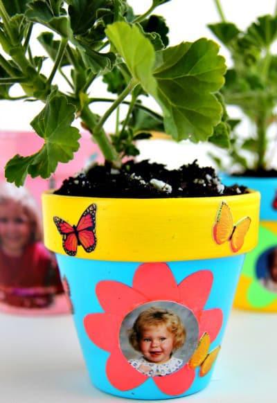 cum sa decoram ghivecele de flori 11