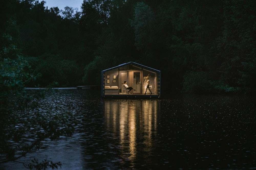 cabana pe lac 10