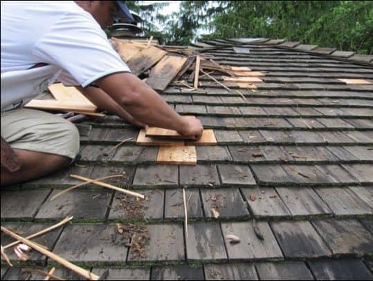 reparatie acoperis sindrila de lemn