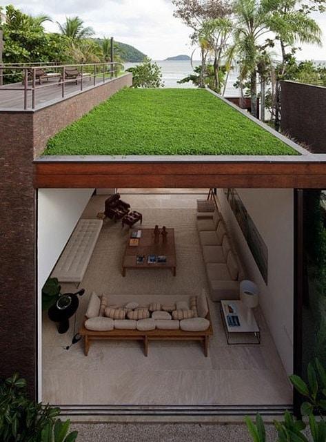 terasa cu acoperis din iarba
