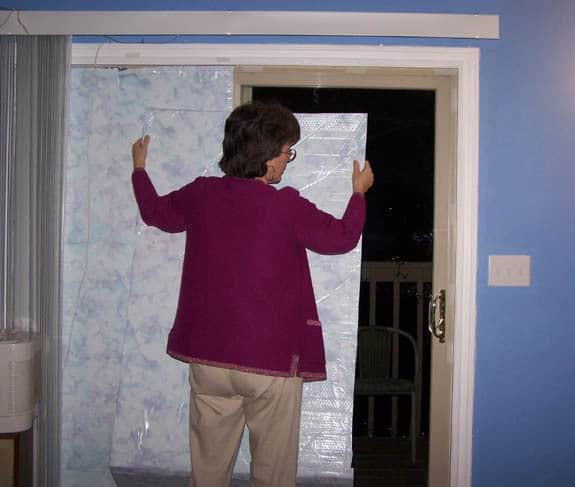 cum izolam geamurile suplimentar