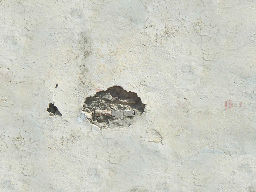 de ce se impusca varul de pe perete