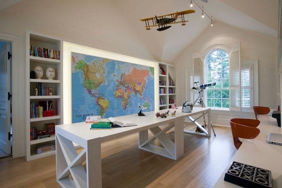 camera copii cu harta geografica