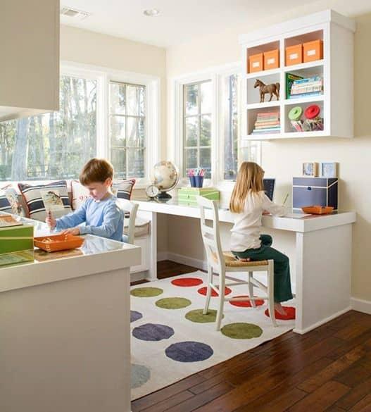 camera copii cu loc de facut teme