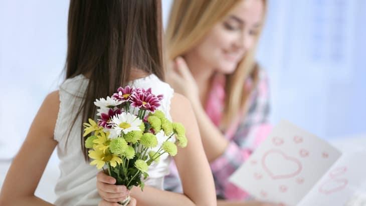 buchet de flori de ziua mamei
