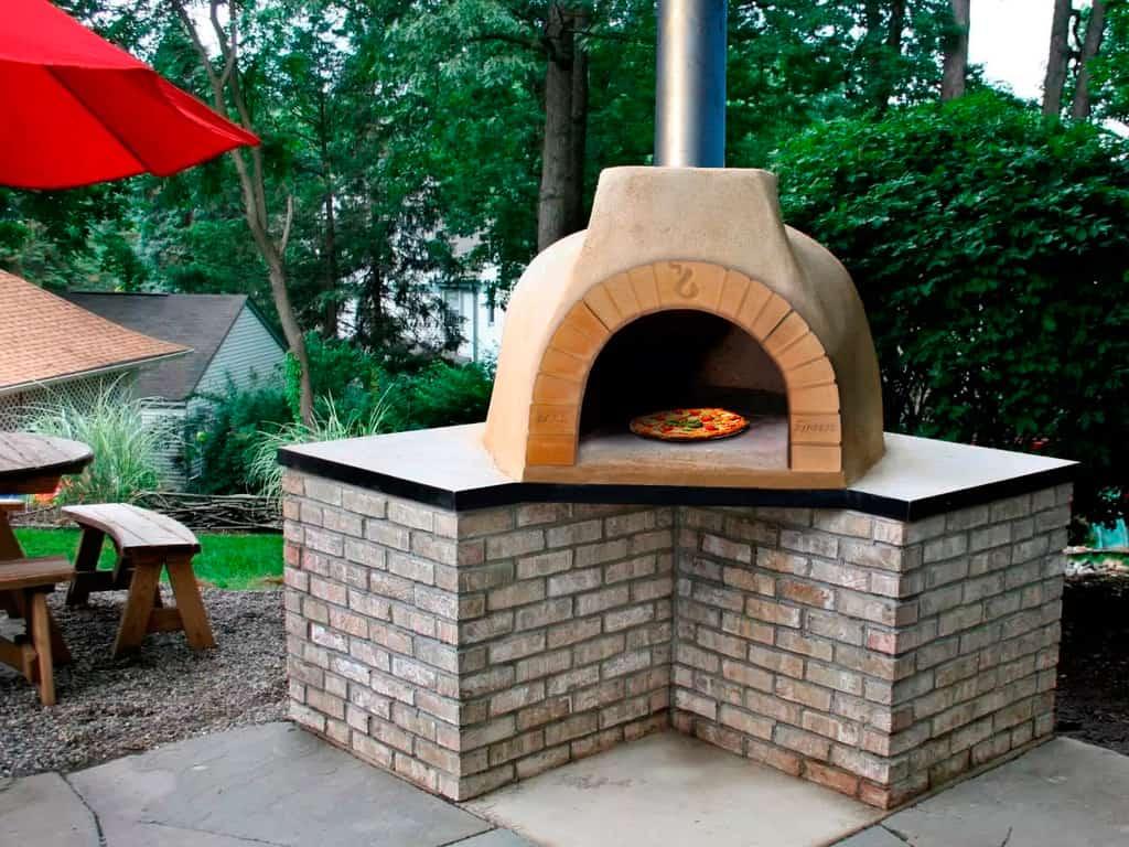 cuptor de pizza pe lemne