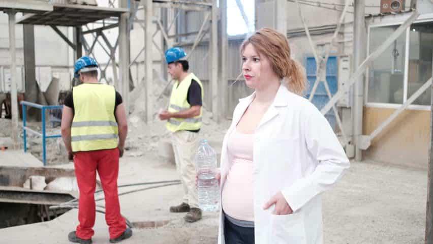 conditii de munca pentru femei gravide