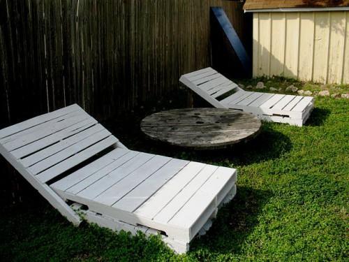 mobilier din lemn de gradina sezlong din paleti de lemn 5