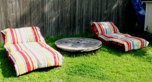 mobilier din lemn de gradina sezlong din paleti de lemn 7