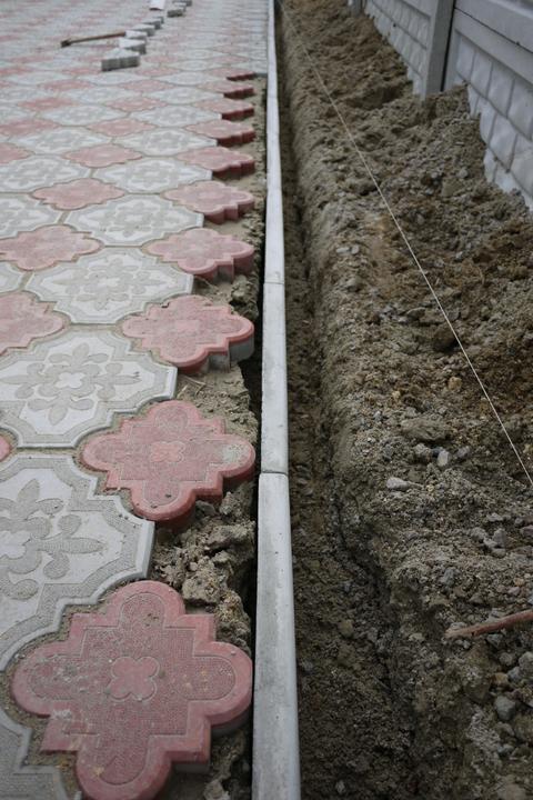 borduri din beton pentru pavele