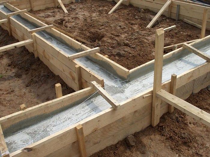 fundatie cu centuri de beton monolit 3