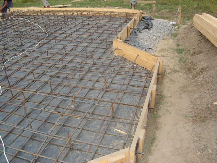 placa beton casa lemn 2
