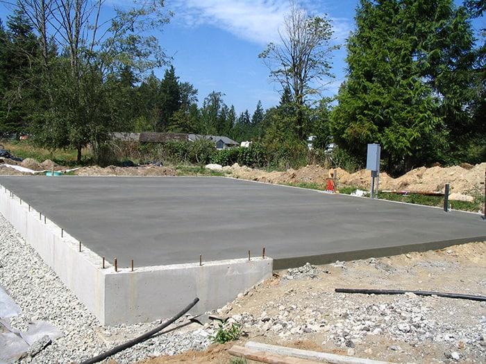 placa beton casa lemn 3