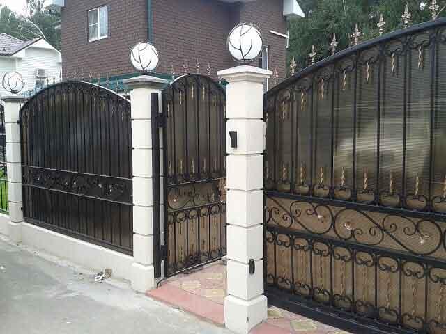 gard din fier forjat si policarbonat
