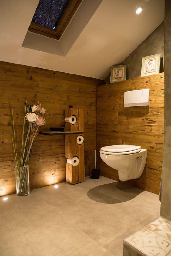 suport lemn pentru hartie igienica