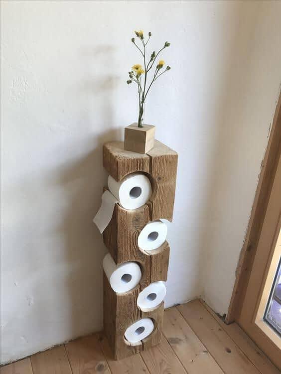 suporturi hartie igienica pentru baie