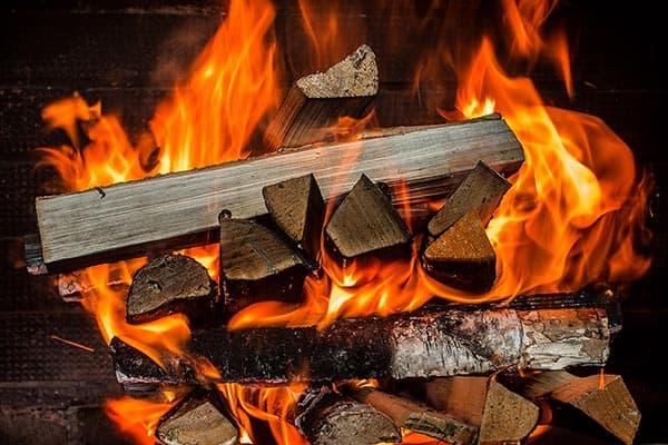 ardere combustibili producere caldura