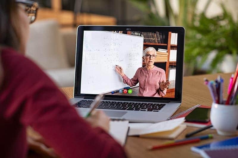 profesori online covid